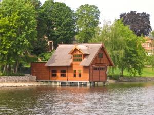 Könnyűszerkezetes házak építése – megéri?