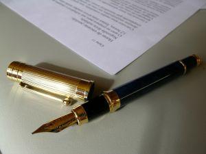 A biztosítási szerződés jogviszony, a szerződések fogalma és kötelező elemei